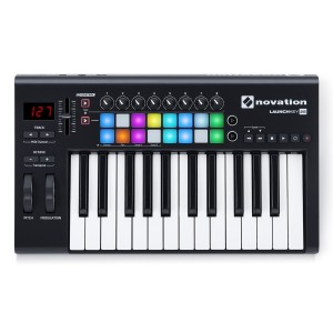 NOVATION LAUNCHKEY 25 MASTER KEYBOARD CONTROLLER