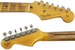 FENDER STRATOCASTER RELIC CUSTOM SHOP 1955